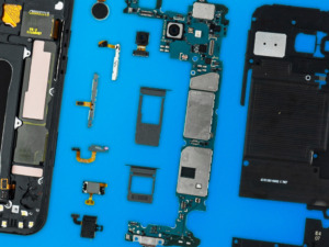 Samsung Galaxy A5 2017 teardown