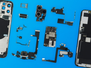 iPhone 11 Pro teardown